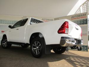 Toyota Hilux 2.8 GD-6 RB Raider automaticE/CAB - Image 2