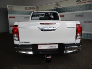 Toyota Hilux 2.8 GD-6 RB Raider automaticE/CAB - Image 3