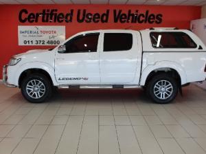 Toyota Hilux 3.0D-4D double cab 4x4 Raider Legend 45 auto - Image 4