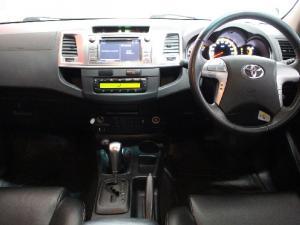 Toyota Hilux 3.0D-4D double cab 4x4 Raider Legend 45 auto - Image 9