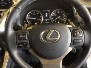 Lexus NX 2.0T EX/300 EX - Image 9