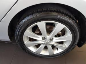 Hyundai Accent 1.6 Fluid automatic 5-Door - Image 11