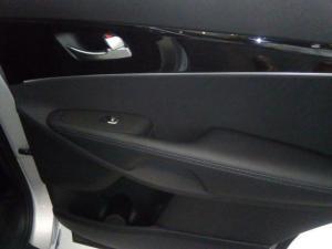 Kia Sorento 2.2D LX AWD automatic - Image 9