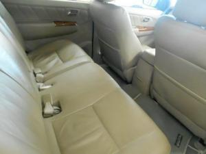 Toyota Fortuner 3.0D-4D Raised Body - Image 2