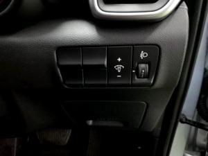 Kia Sportage 2.0 Crdi Ignite + automatic - Image 25