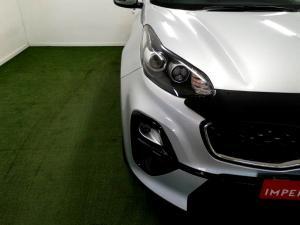 Kia Sportage 2.0 Crdi Ignite + automatic - Image 28
