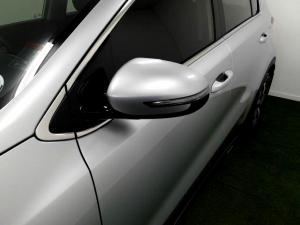 Kia Sportage 2.0 Crdi Ignite + automatic - Image 29