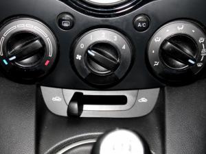 Mazda MAZDA2 1.3 Dynamic 5-Door - Image 19