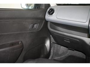 Renault Kwid 1.0 Dynamique 5-Door automatic - Image 20