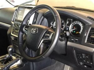 Toyota Land Cruiser 200 V8 4.5D VX-R automatic - Image 4