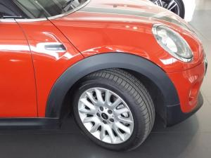 MINI Cooper automatic - Image 6