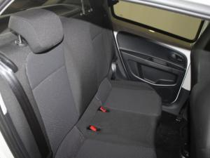 Volkswagen Take UP! 1.0 5-Door - Image 11