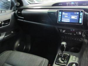 Toyota Hilux 2.8 GD-6 Raider 4X4 automaticD/C - Image 9