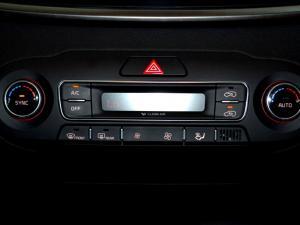 Kia Sorento 2.2D AWD automatic 7 Seat EX - Image 24