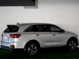 Kia Sorento 2.2D AWD automatic 7 Seat EX - Image 4