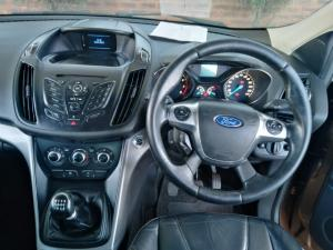 Ford Kuga 1.6T Ambiente - Image 6