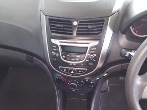 Hyundai Accent 1.6 GL/MOTION - Image 10