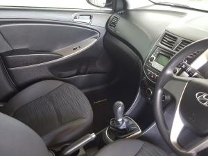 Hyundai Accent 1.6 GL/MOTION - Image 18