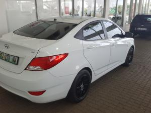 Hyundai Accent 1.6 GL/MOTION - Image 3