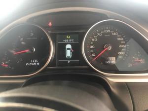 Audi Q7 4.2 TDI V8 Quattro TIP - Image 8