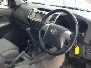 Toyota Hilux 3.0D-4D double cab 4x4 Raider - Image 7