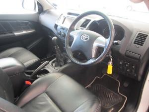 Toyota Hilux 3.0D-4D Xtra cab Raider Legend 45 - Image 4