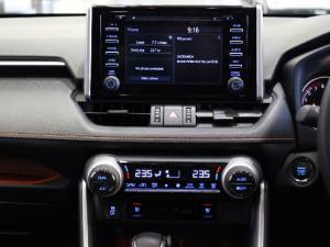 Toyota RAV4 2.0 AWD GX-R - Image 10