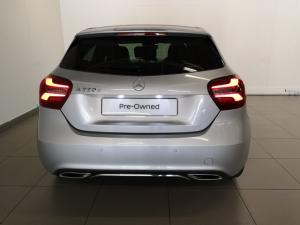 Mercedes-Benz A 220d Urban automatic - Image 4