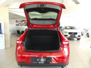 Volvo V40 T3 Inscription auto - Image 8