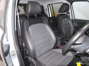 Volkswagen Amarok 3.0 TDi H-LINE + 4MOT automatic D/C - Image 13