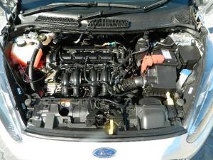 Ford Fiesta 1.0 Ecoboost Ambiente Powershift 5-Door - Image 13