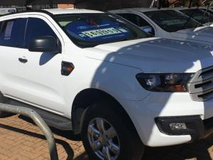 Ford Everest 2.2 TdciXLS 4X4 - Image 3