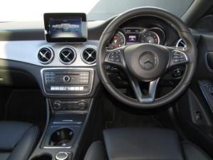 Mercedes-Benz CLA200d Urban automatic - Image 13