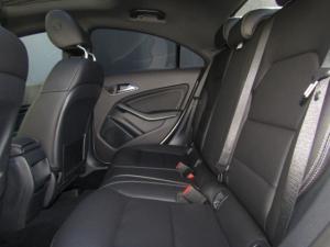 Mercedes-Benz CLA200d Urban automatic - Image 14