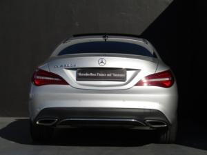 Mercedes-Benz CLA200d Urban automatic - Image 6