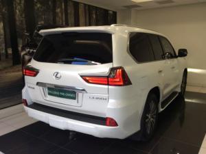 Lexus LX 4.5TD V8 - Image 4