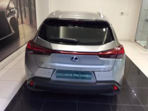 Lexus UX 250h SE - Image 3