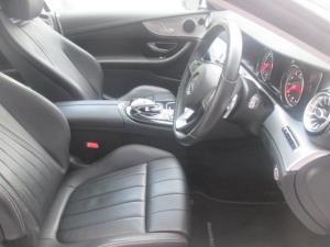 Mercedes-Benz E 300 Coupe - Image 3