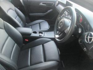 Mercedes-Benz A 200d Urban automatic - Image 6