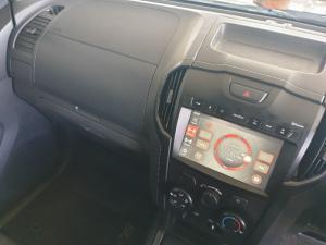 Isuzu D-MAX 250 HO HI-RIDER E/CAB - Image 12