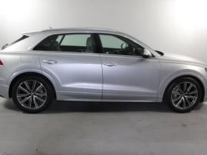 Audi Q8 55TFSI Quattro TIP - Image 2
