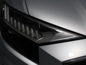 Audi Q8 55TFSI Quattro TIP - Image 4