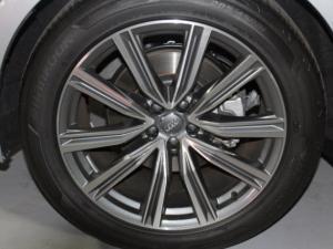 Audi Q8 55TFSI Quattro TIP - Image 5