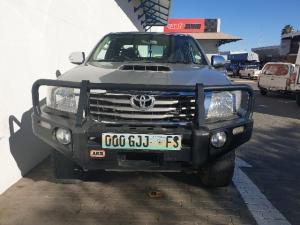 Toyota Hilux 3.0D-4D Xtra cab 4x4 Raider Legend 45 - Image 2