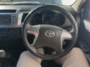 Toyota Hilux 3.0D-4D Xtra cab 4x4 Raider Legend 45 - Image 6