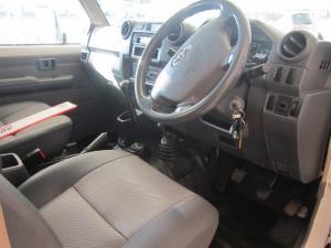 Toyota Land Cruiser 79 Land Cruiser 79 4.2D - Image 3