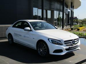 Mercedes-Benz C350 e - Image 1
