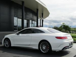 Mercedes-Benz S 65 AMG Coupe - Image 2