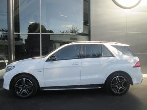 Mercedes-Benz GLE AMG 43 4MATIC - Image 2