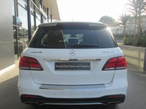 Mercedes-Benz GLE AMG 43 4MATIC - Image 4